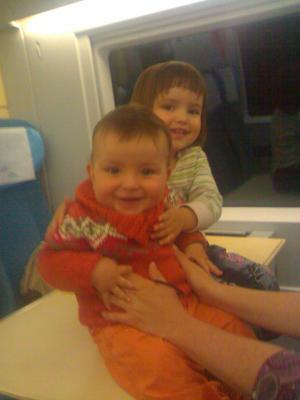 Jugando con Jaime en el tren