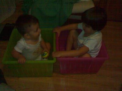 Vamos a jugar con las cajas de juguetes
