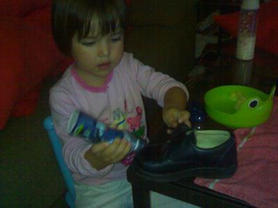 Me limpio sola los zapatos