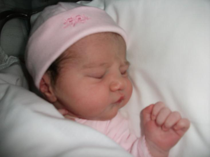 31 de mayo de 2010.- Nace mi tercer prima.- Elena.